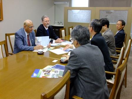 Meeting1108.jpg