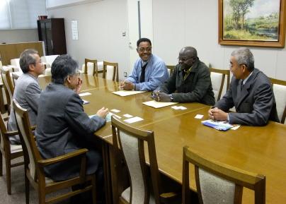 meeting1116.jpg