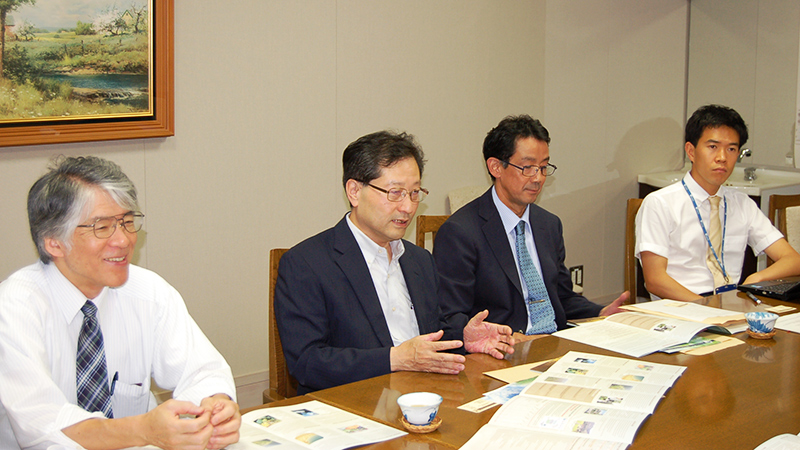 Hisashi Miyagawa, Mohammed Geesi, Eiji Nawata, Ryutaro Tao, Yutaka Iijima
